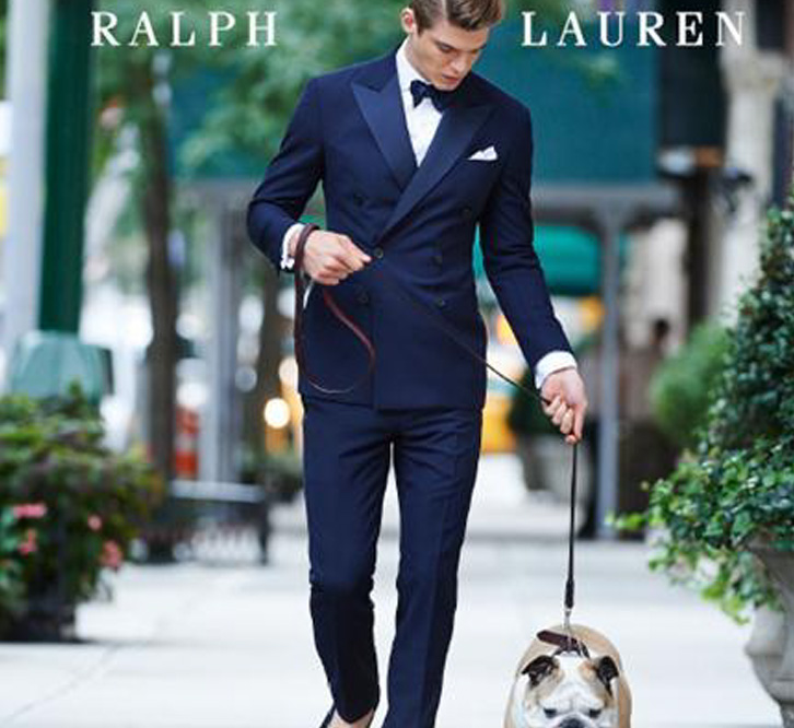 4p s ralph lauren The presentation of the ralph lauren purple collection played out as five tableaux vivants arranged according to different dress groupings, although each model's attire was no less aspirational.